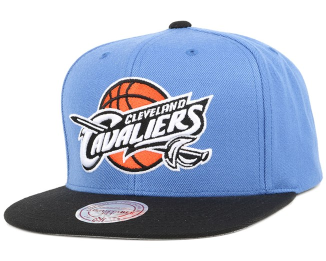 02101ce6f7f7c ... Cleveland Cavaliers 2 Tone Label Blue/Black Snapback - Mitchell & Ness