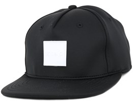 Performance Black Snapback - King Apparel