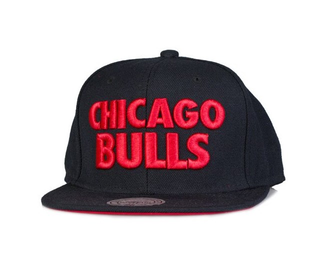 Chicago Bulls Title Snapback - Mitchell & Ness