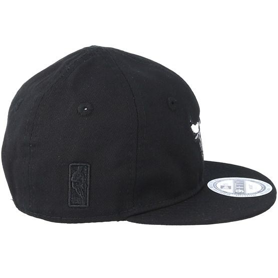 c31d8564cf82c Kids Chicago Bulls Infant Reflect 950 Black Snapback - New Era caps ...