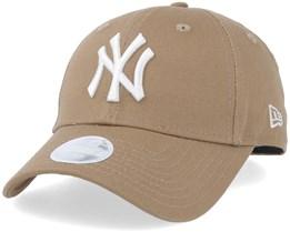 New York Yankees Women League Essential 9Forty Khaki/White Adjustable - New Era