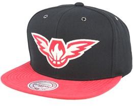 Atlanta Hawks Swift Black/Red Snapback - Mitchell & Ness