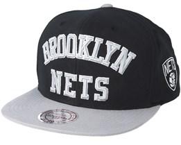 Brooklyn Nets Wordmark Black Snapback - Mitchell & Ness