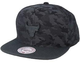 Chicago Bulls Combat Camo Black/Charcoal Snapback - Mitchell & Ness