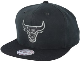 Chicago Bulls Terrain Black Snapback - Mitchell & Ness