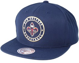 New Orleans Pelicans Circle Patch Team Navy Snapback - Mitchell & Ness