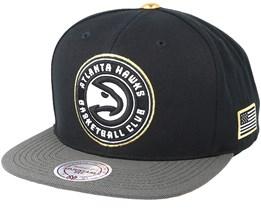 Atlanta Hawks Gold Tip Black Snapback - Mitchell & Ness