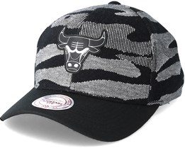 Chicago Bulls Knit 110 Camo Adjustable - Mitchell & Ness
