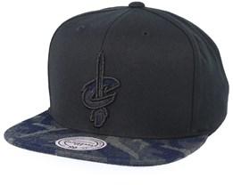 Cleveland Cavaliers Denim Black/Camo Snapback - Mitchell & Ness