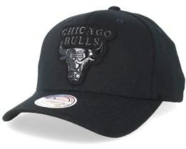 Chicago Bulls Metallic Logo Black 110 Adjustable - Mitchell & Ness