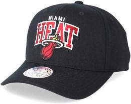 Miami Heat Team Arch Pinch Panel Black 110 Adjustable - Mitchell & Ness