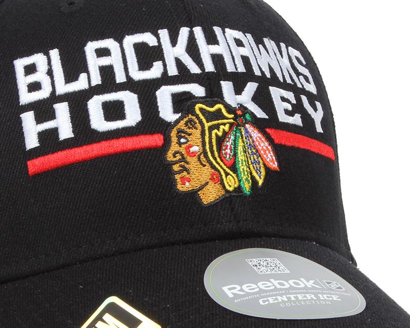 Chicago blackhawks locker room 2 flexfit reebok cap for Chicago blackhawk bedroom ideas