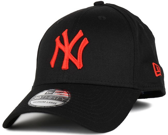 NY Yankees Base Black/Hot Red 39Thirty Flexfit - New Era
