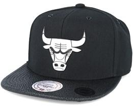 Chicago Bulls Ultimate Black Snapback - Mitchell & Ness