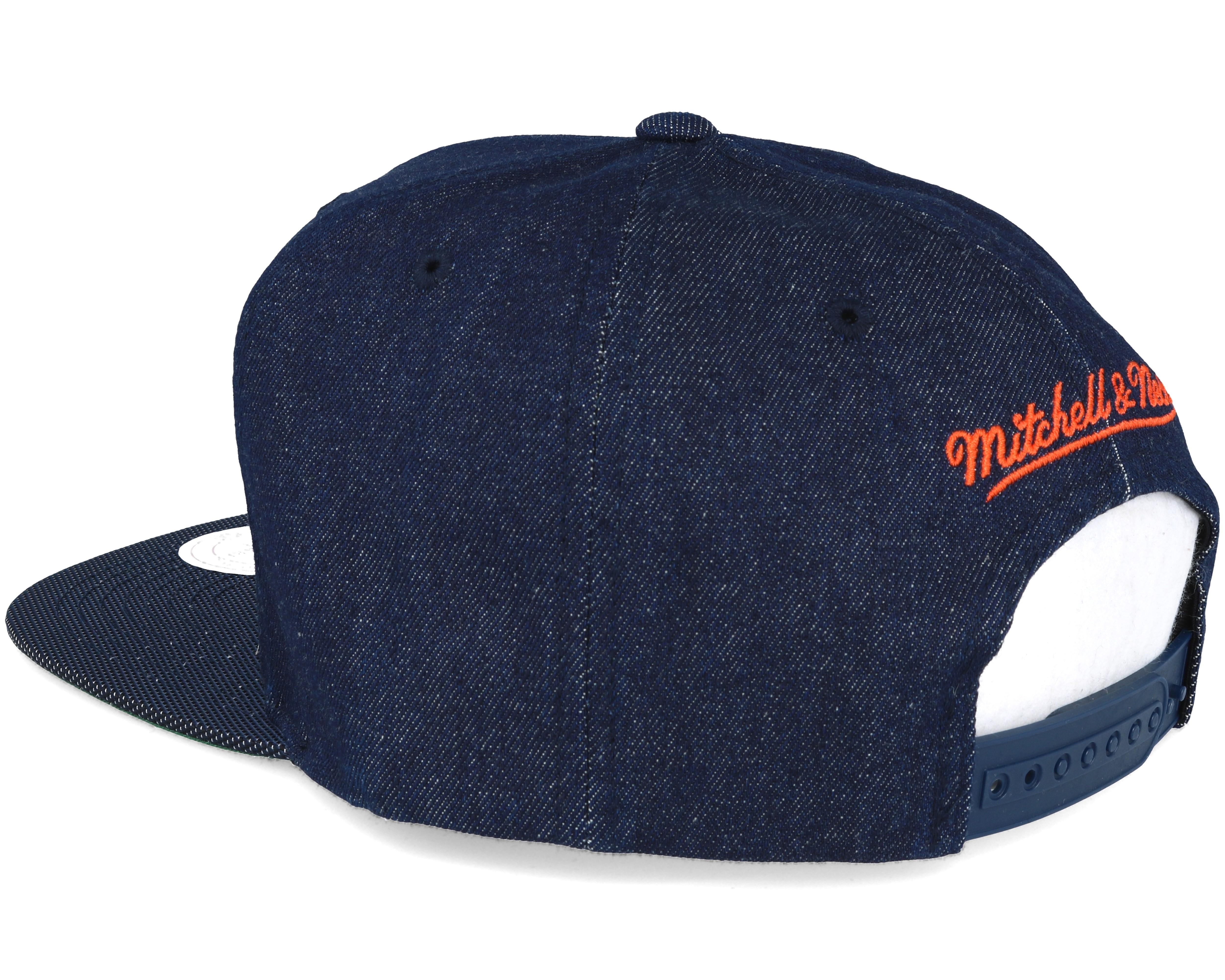 56e041bc15c02 New York Knicks Raw Denim 3T PU Snapback - Mitchell   Ness caps ...